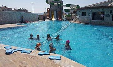 Zeus Yüzme Havuzu
